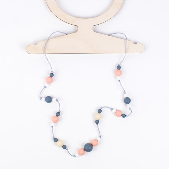 Little Magpies Ophelia Necklace- Peach
